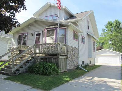 Fond Du Lac Single Family Home For Sale: 429 Western Avenue Avenue