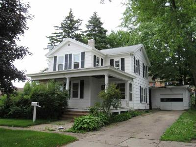 Green Lake County Single Family Home For Sale: 180 North Pearl Street Street