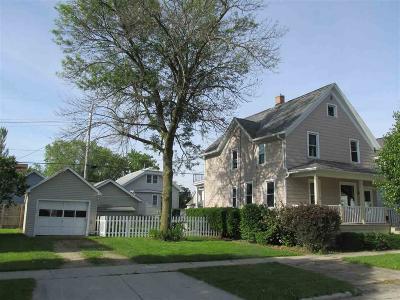 Fond Du Lac Single Family Home For Sale: 152 Ledgeview Avenue Avenue