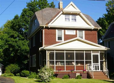Oshkosh Single Family Home For Sale: 1237 Jackson Street Street