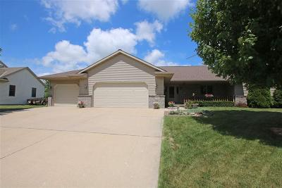 Dodge County Single Family Home For Sale: 1022 Maple Street Street