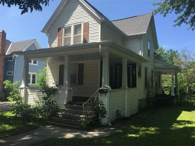 Fond Du Lac WI Single Family Home For Sale: $60,000
