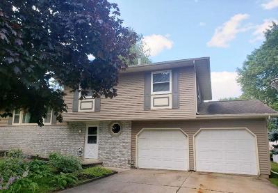 Fond du Lac County Single Family Home For Sale: 301 Woodside Street Street