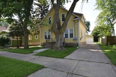 Oshkosh Multi Family Home For Sale: 427 West 16th Avenue Avenue