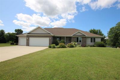 Fond du Lac County Single Family Home For Sale: W3853 Stoneridge Drive Drive