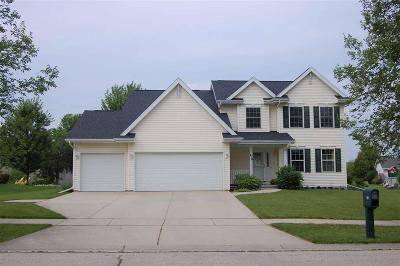 Fond du Lac County Single Family Home For Sale: 418 Crowfoot Avenue Avenue