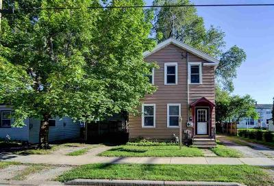 Oshkosh Single Family Home For Sale: 449 West 8th Avenue Avenue