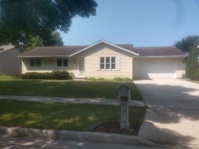 Fond du Lac County Single Family Home For Sale: 1030 Holly Tree Lane Lane