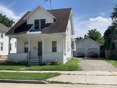 Oshkosh Multi Family Home For Sale: 855 West 10th Avenue Avenue