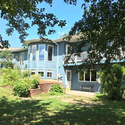 Green Lake County Single Family Home For Sale: N5468 Hwy 73