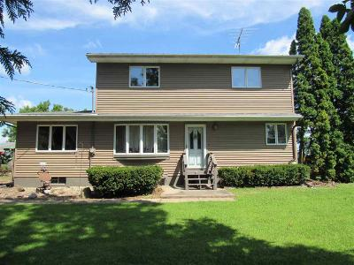 Green Lake County Single Family Home For Sale: 509 Rural Street Street