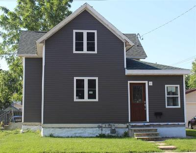 Oshkosh Single Family Home For Sale: 1333 West Bent Avenue Avenue