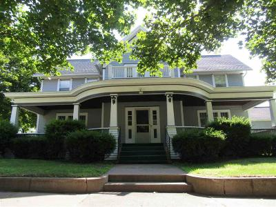 Green Lake County Single Family Home For Sale: 122 North Church Street Street