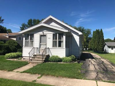 Oshkosh Single Family Home For Sale: 2113 Ashland Street Street