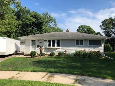 Oshkosh Single Family Home For Sale: 825 Concordia Avenue Avenue