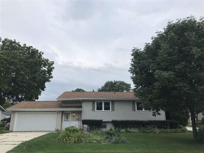 Fond du Lac County Single Family Home For Sale: 576 Eastwood Court Court