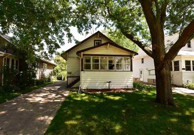Oshkosh Single Family Home For Sale: 732 Evans Street Street