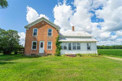 Winnebago County Single Family Home For Sale: 8249 Hwy H