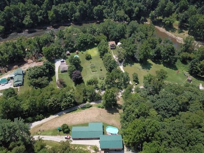 Clendenin WV Single Family Home For Sale: $279,000