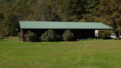 Burnsville WV Farm For Sale: $325,000