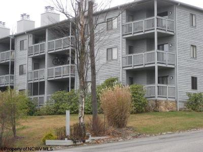 Davis Condo/Townhouse For Sale: C1120 Building 1 Ash Lodge Court