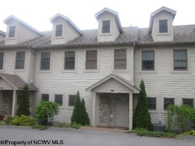 Morgantown Condo/Townhouse For Sale: 15 Waterside Drive