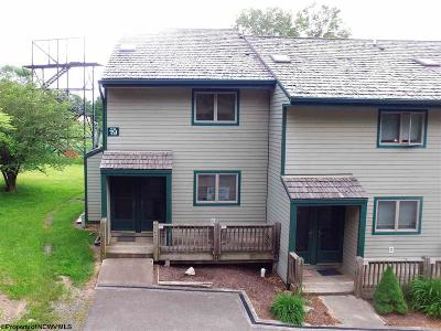 Davis WV Condo/Townhouse For Sale: $149,900