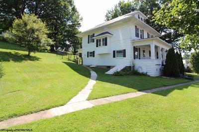 Terra Alta Single Family Home For Sale: 1000 E State Avenue