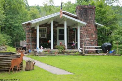 Morgantown WV Single Family Home Contingent: $120,000