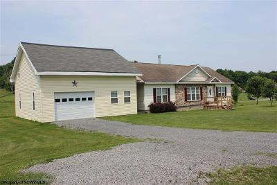 Morgantown WV Single Family Home Contingent: $210,000