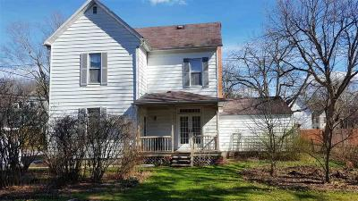 Elkins Single Family Home For Sale: 108 Earle Street