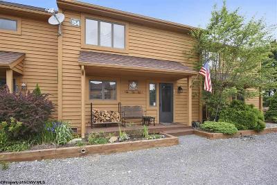 Davis Condo/Townhouse For Sale: 154 (Unit 34) Deerfield Village