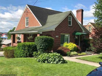 Elkins Single Family Home Contingent: 120 Grandview Avenue