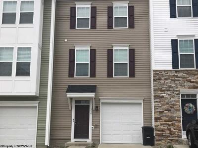 Morgantown Condo/Townhouse For Sale: 116 Woodside Drive