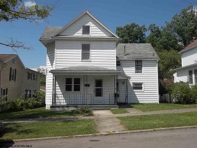 Elkins Single Family Home For Sale: 133 Guy Street