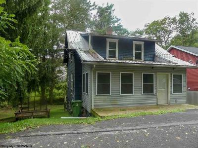Morgantown Single Family Home For Sale: 1213 Milton Street