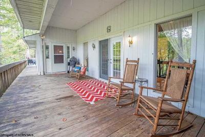 Morgantown Single Family Home For Sale: 451 Brooke Avenue