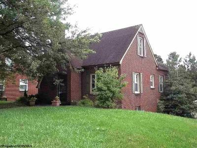 Elkins Single Family Home New: 118 Grandview Avenue