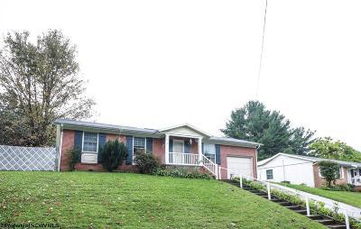 Morgantown WV Single Family Home For Sale: $174,900