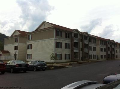 Star City Condo/Townhouse Contingent: 1207 University Commons Drive