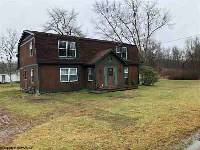 Elkins Single Family Home For Sale: 123 Mountainview Drive