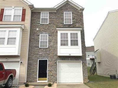 Morgantown WV Condo/Townhouse Contingent: $215,000