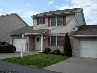 Morgantown Condo/Townhouse Contingent: 243 Donna Avenue