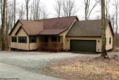 Terra Alta Single Family Home For Sale: 170 Columbine Cir Circle