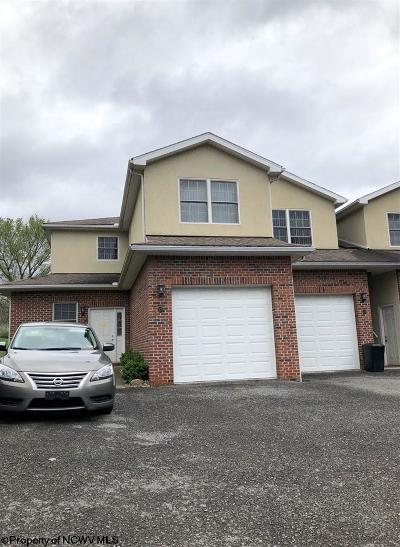 Morgantown Condo/Townhouse For Sale: 109 Mountain Golf Drive