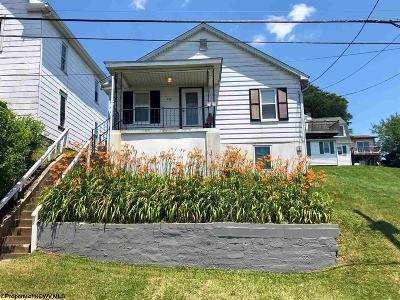 Morgantown Single Family Home For Sale: 216 Highland Avenue