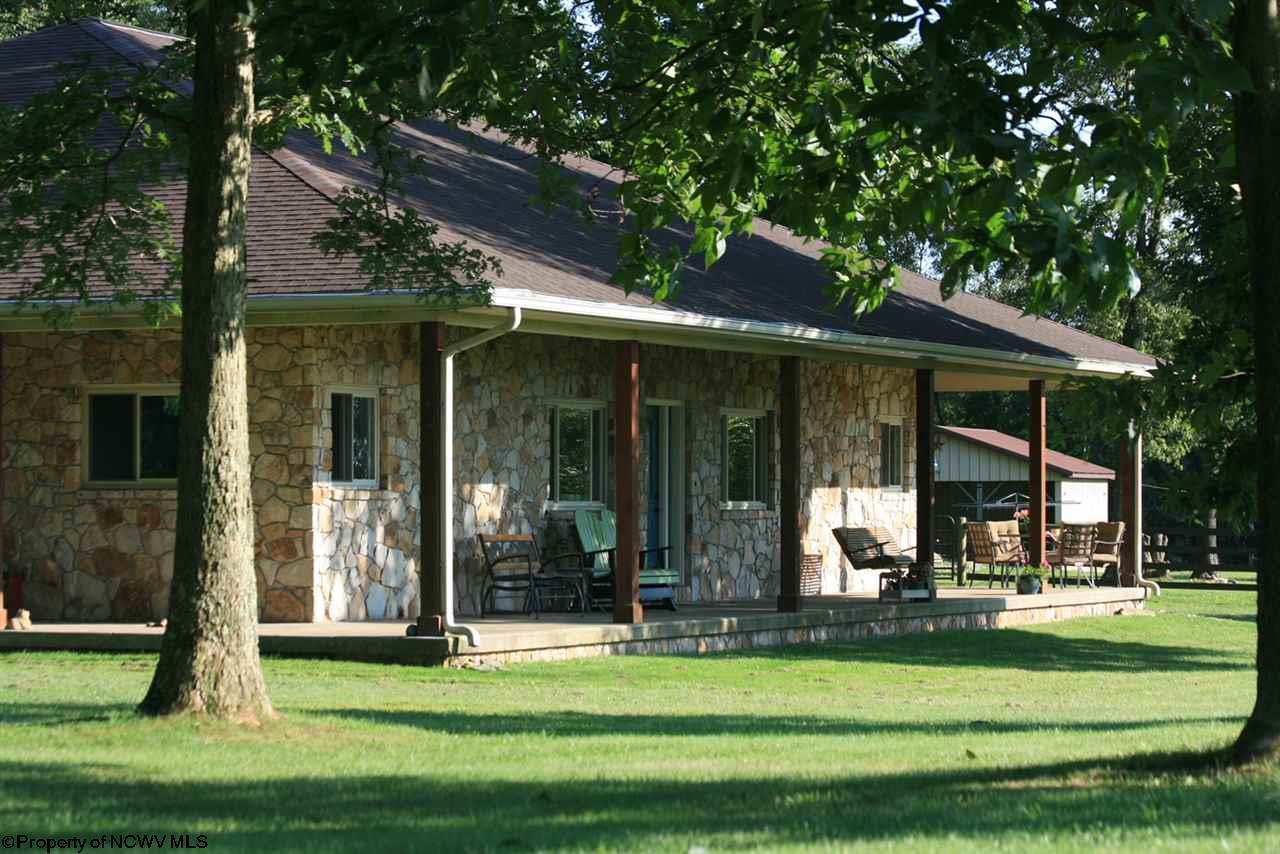 103 Lone Pine Drive,