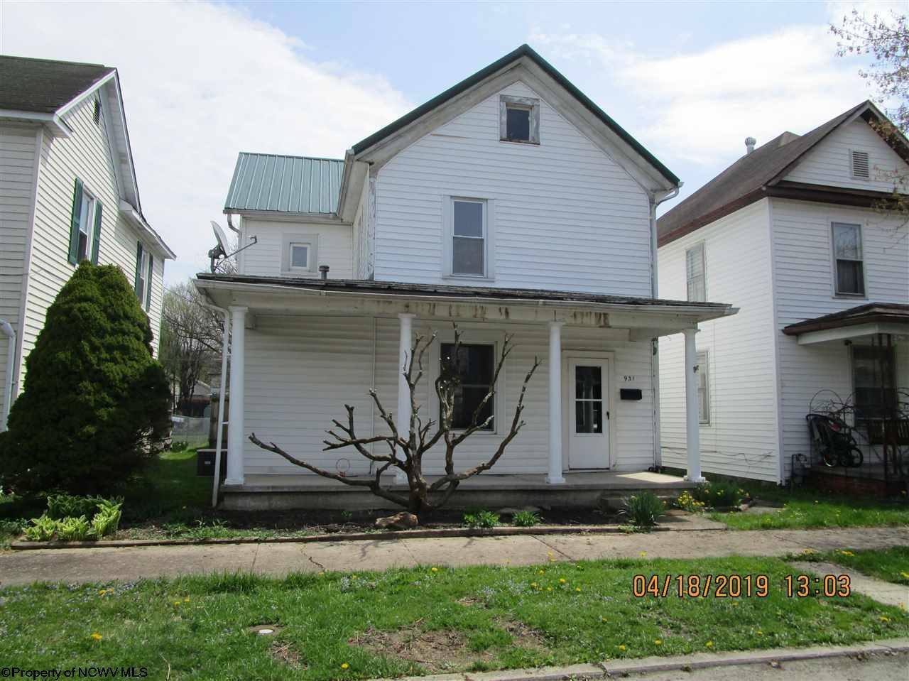 931 S Kerens Avenue, Elkins