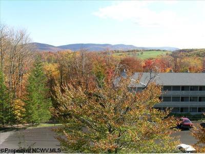 Davis Condo/Townhouse For Sale: 126 Ash Lodge Court