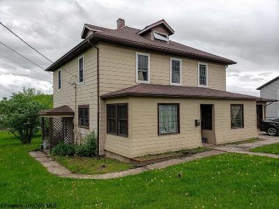 Terra Alta Single Family Home For Sale: 404 Lake Avenue